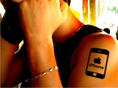 iphone tattoo